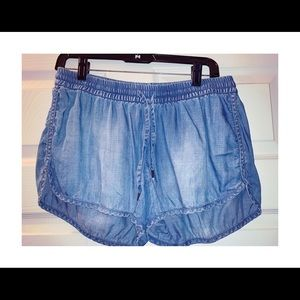 Denim shorts with drawstring front